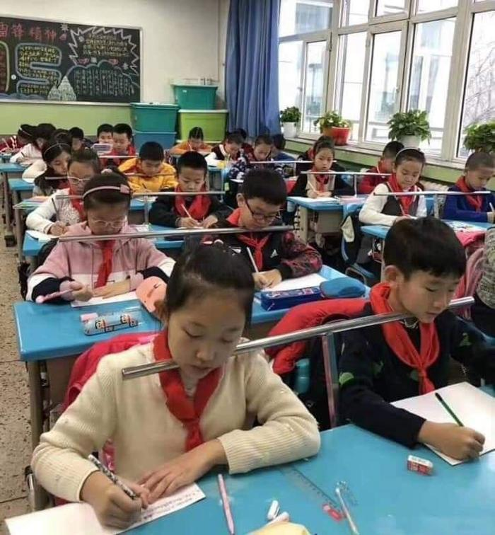 Береги осанку и зрение Китай, Школа, Дети, Осанка