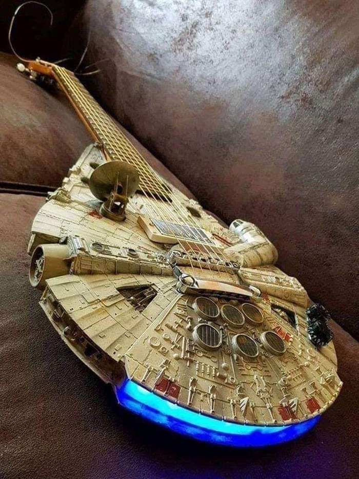 Любимая гитара Хана Соло...