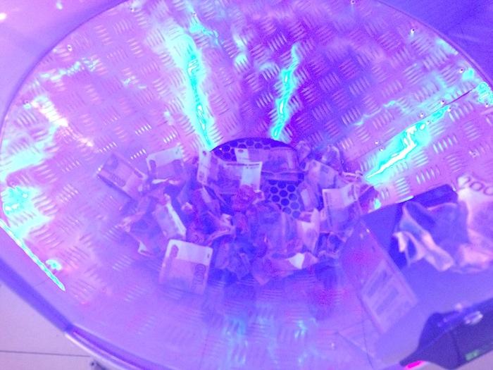 Игровой автомат в торговом центре, часть 3 Лохотрон, Игровые автоматы, Деньги, Банк приколов, Обман, Длиннопост