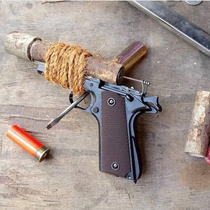 А гильза летит в лицо стрелку Самопал, Пистолеты, Оружие
