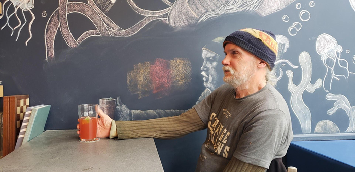Рисунок на стене как знак уважения постоянному клиенту
