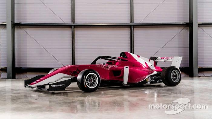 Теперь у женщин есть своя Формула: W Series Формула 1, Гонки, Авто, Автоспорт, Женщина за рулем, Новости, Фотография, Интересное, Длиннопост