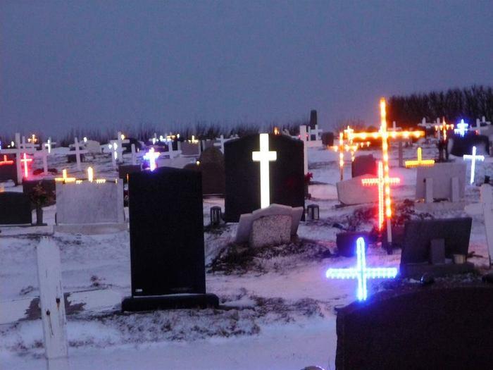 Кладбище в Исландии. Кладбище, Иллюминация, Внезапно, Исландия