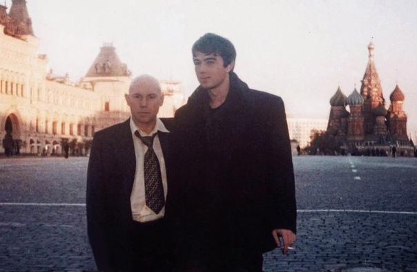 Сергей Бодров и Виктор Сухоруковна съёмочной площадке фильма« Брат 2» 1999 год.