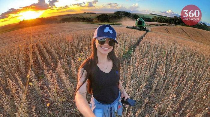 Всем Доброе утро и хорошего настроения! Агроскаут360, Сельское хозяйство, Девушки, Фотография, Комбайн, Johndeere