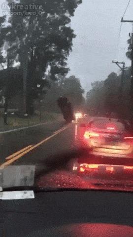 Машина в текстурах застряла