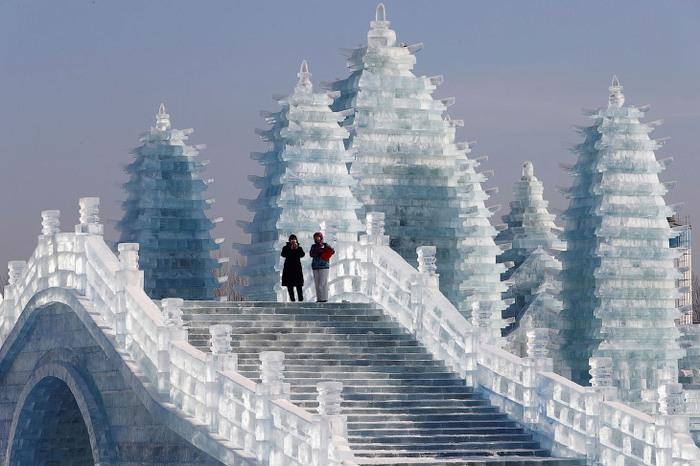 Как рушатся города ледяных скульптур Ледяная скульптура, Замок, Разрушение, Весна, Длиннопост