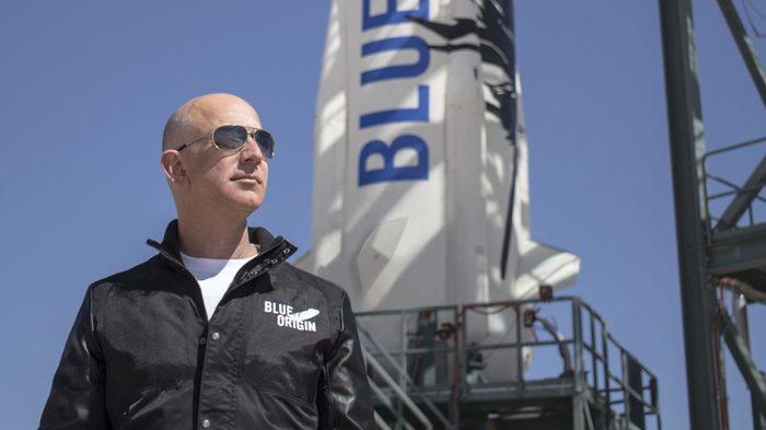Вслед за SpaceX, Amazon объявил о проекте высокоскоростного интернета предоставляемого тысячами спутников Amazon, Blue Origin, Спутниковый интернет, Космос, Интернет, Спутник, Джефф Безос, New Glenn