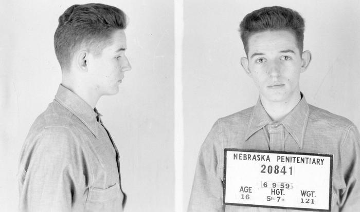 Он убил своих родителей в возрасте 16 лет и бежал из тюрьмы почти десять лет спустя. Потом он просто исчез. Реальная история из жизни, Убийство, Воспитание детей, Криминал, Длиннопост