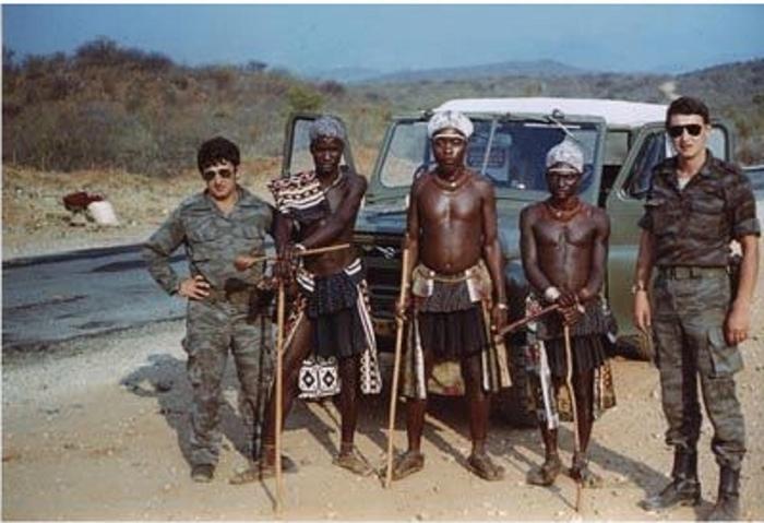 Снимок на память. Ангола, СССР, Военные советники, 1989, Фотография