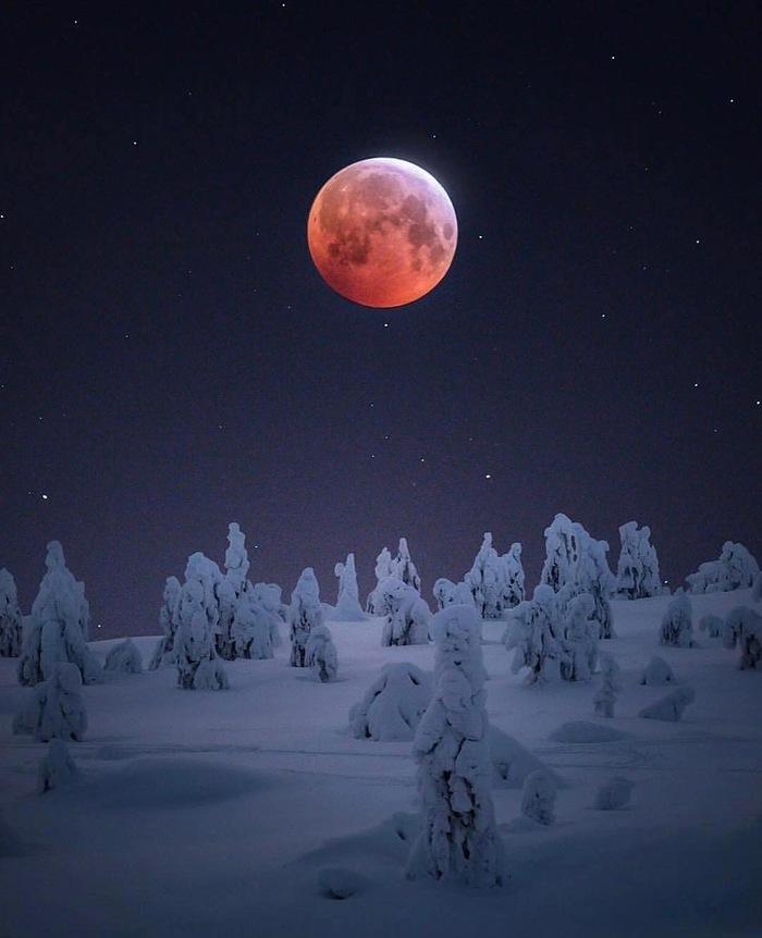 Кровавая луна над Лапландией. Финляндия