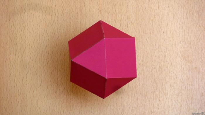 Кубооктаэдр из картона Многогранник, Рукоделие с процессом, Видео, Архимед, Куб, Октаэдр, Геометрия, Своими руками, Длиннопост