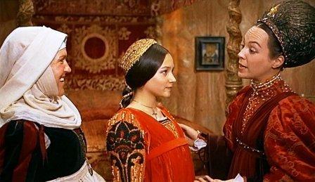 Сколько лет почтенной синьоре Капулетти, матери Джульетты? История, Хронос, Средневековье, Ромео и джульетта, Литература