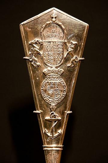 Серебряное весло (silver oar) - инсигния Адмиралтейского суда Великобритании Суд, Интересное, Интересно узнать, Длиннопост, Великобритания
