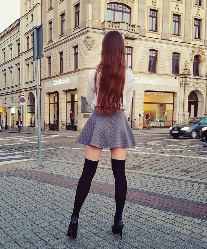 На улице