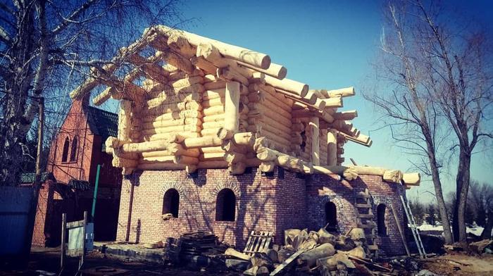 Закончили рубку дома Сруб, Дерево, Ручная работа