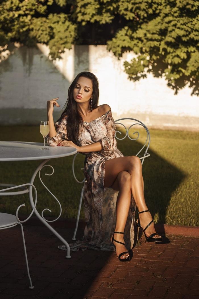 Платье и девушка #229.0