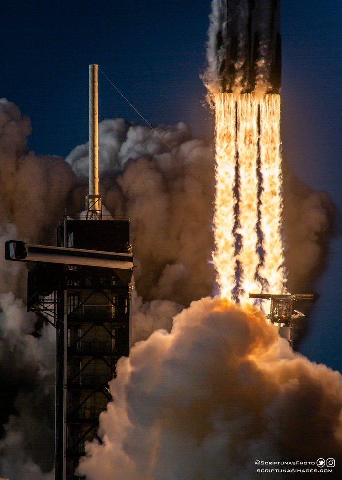 Фотомоменты яркого старта Falcon Heavy Космос, Ракета, Falcon Heavy, Spacex, Запуск, Длиннопост, Видео