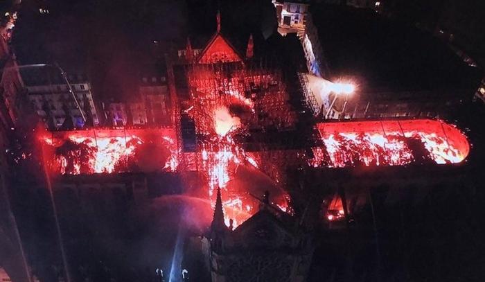 Полное разрушение собора Парижской Богоматери Новости, Франция, Париж, Пожар, Notre Dame De Paris, Обрушение, Негатив