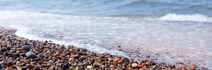 Губернатор Калининградской области выступил за легализацию морской добычи янтаря Янтарь, Калининград, Алиханов, Новости