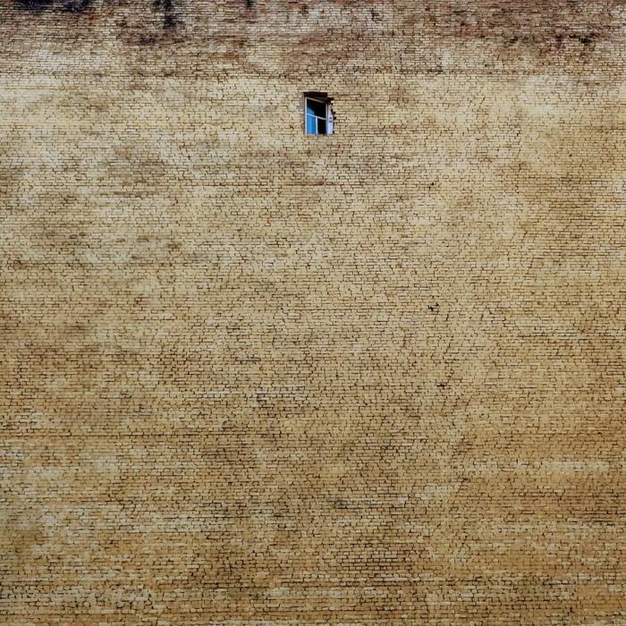 Мой дом моя крепость. Стена, Окно, Санкт-Петербург