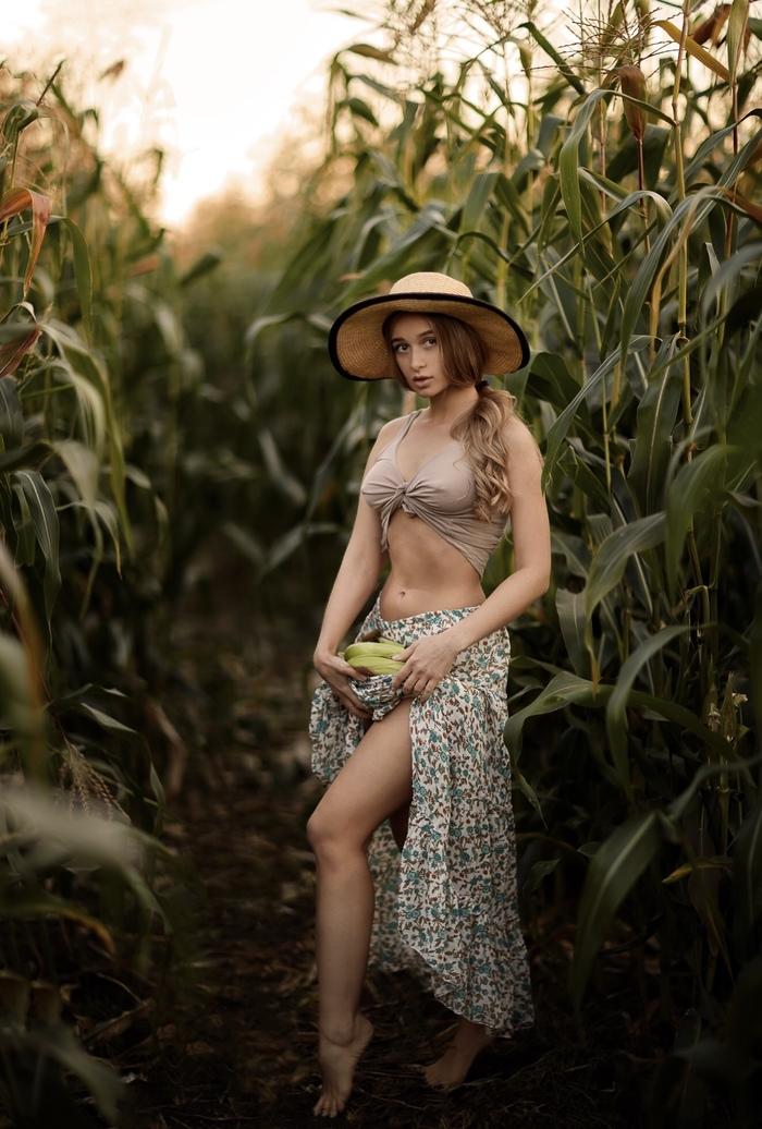 Кукурузная нимфа Красивая девушка, Фигура, Грудь, Кукуруза, Длиннопост