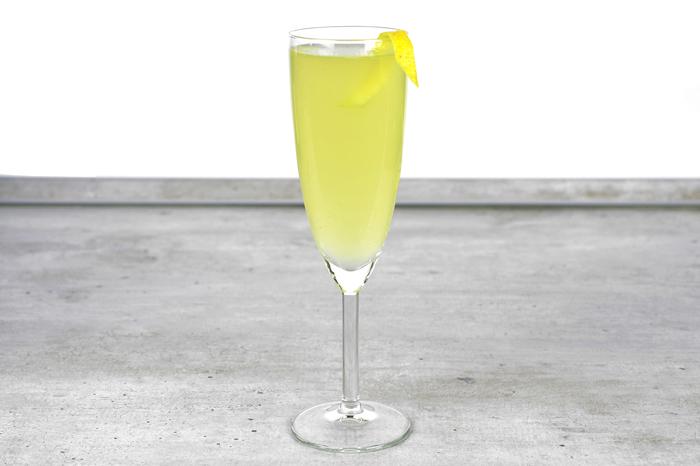 """Коктейль с игристым """"Френч 75"""" Алкоголь, Коктейль, Бар, Рецепт, Длиннопост, Шампанское, Французский 75"""