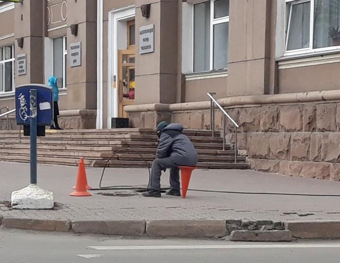 Пчелка на привале Рыбалка, Простой работяга, Челябинск