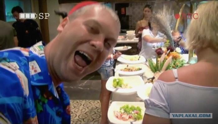 Отдыхающих в Турции туристов попросили доедать всю еду в отелях Еда, Туристы, Турция, Все включено