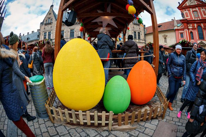 Пасху в разных странах празднуют по-разному Человек, 5 копеек, Пасха, Праздники