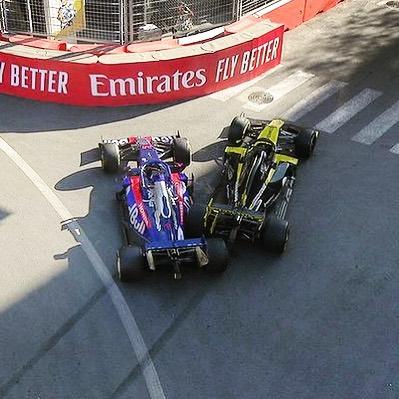 Тем временем Риккардо Формула 1, Квят, Red Bull, Азербайджан, Баку, Авария