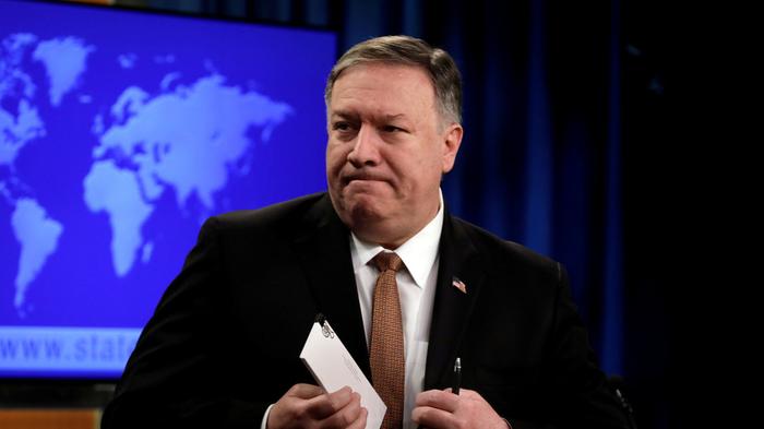 Помпео заявил, что Россия дестабилизирует ситуацию в Венесуэле Политика, США, Венесуэла, Николас Мадуро, Гуайдо, Россия, Помпео