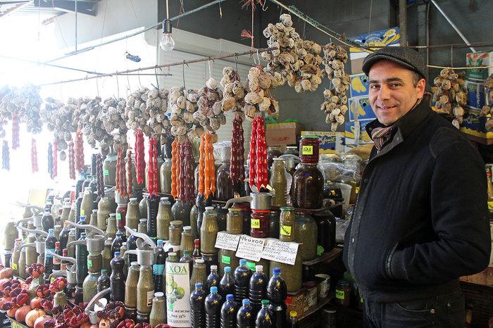 Домашнее вино на южных рынках Вино, Сочи, Черное море, Обман, Рынок