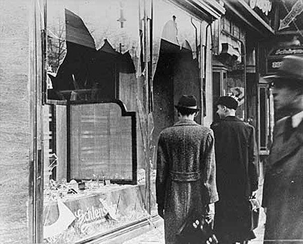 """""""Выдирали всем зубы"""". Шокирующие свидетельства выживших в Освенциме Вторая мировая война, Холокост, Текст, Длиннопост, Концентрационный лагерь, Ужасы, Негатив"""
