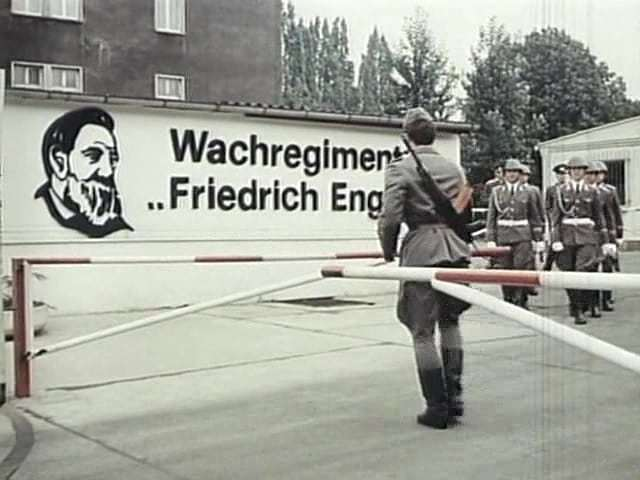 "Wachregiment ""Friedrich Engels"" ГДР, Армия, Униформа, История, Видео, Длиннопост, Германия"