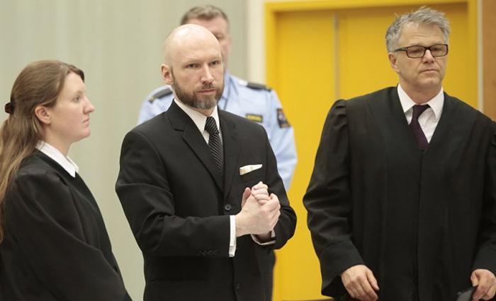 Брейвик через суд добился права на барбекю 2 раза в месяц [ФЕЙК] Брейвик, Тюрьма, Норвегия, Барбекю, Суд