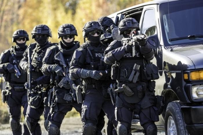 10 странных, весёлых и неловких полицейских противостояний Странности, Закон, Полиция, Истории, Длиннопост