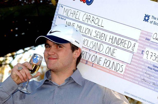 Майкл Кэррол - британский мусорщик, выигравший миллиард рублей в лотерею Гопники, Великобритания, Лотерея, Видео, Длиннопост