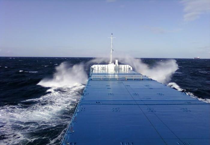 Небольшое волнение на море отМОРЯК SEALAND