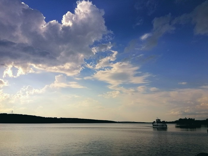 Лето, озеро, кораблик Лето, Озеро, Красота природы, Фотография