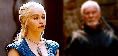 Хочу все знать #230. Сколько получают за каждую серию актеры «Игра престолов» Хочу все знать, Игра престолов, Актеры, Сериалы, Гонорар, Гифка, Длиннопост