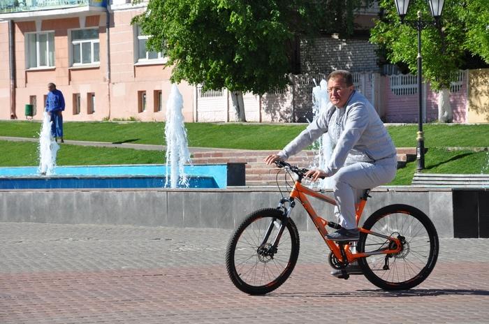 Новость года: подмосковный мэр Игорь Сухин проехался на велосипеде Ногинск, Ногинский район, Игорь Сухин, Пиар, Пиарщики от бога, Длиннопост