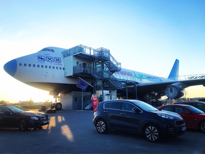 Хостел в аэропорту Стокгольма в Boeing 747 /Jumbo Stay Хостел, Стокгольм, Boeing-747, Jumbo, Длиннопост