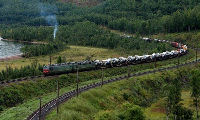 Минфин хочет «оптимизировать» пассажирские поезда в Сибири Авиация, РЖД, Тарифы, Бензин, Общественный транспорт, Длиннопост