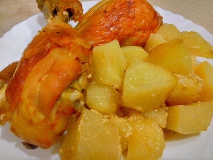 Сочная курица с картошкой в духовке Видео, Рецепт, Картофель, Курица, Кулинария, Еда