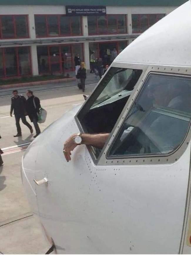 Что же делать если в самолете не рабоет кондиционер