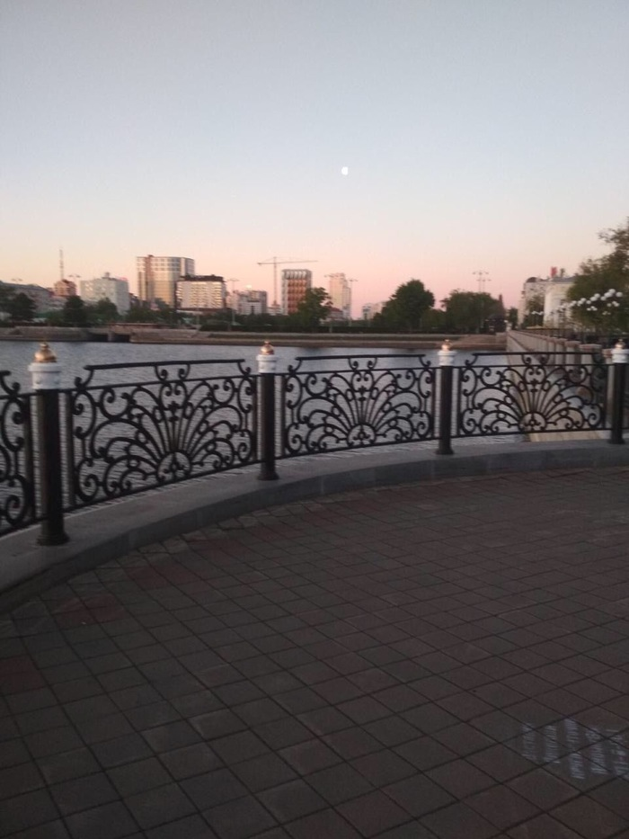 Набережная сквера,Екб. Екатеринбург, Храм, Лентач, Длиннопост