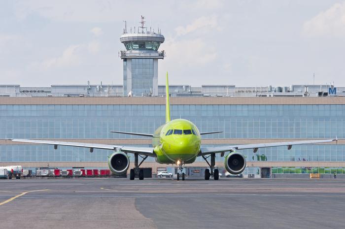 50 лет корпорации Airbus. Часть 1. Airbus, S7, Uralairlines, Домодедово, Airbus A220, Аэропорт, Airbus A320, Длиннопост
