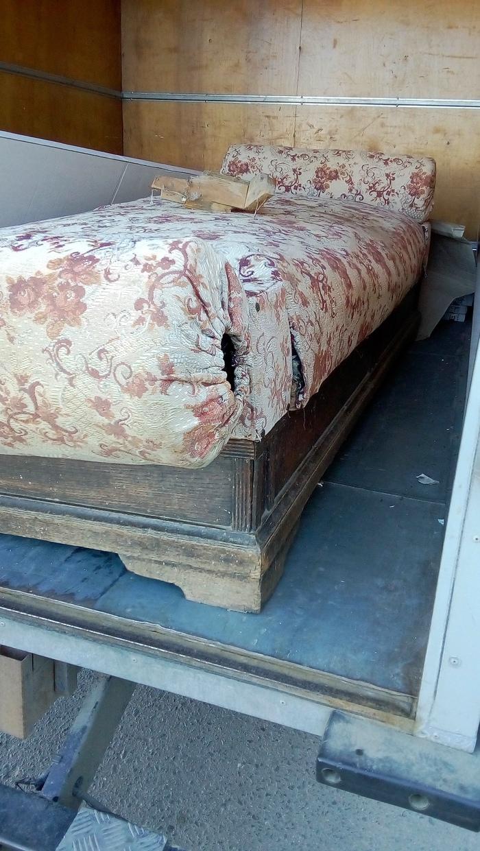 12 стульев или один диван. Вскрытие. Диван, Антиквариат, Длиннопост, 12 стульев, Сокровища