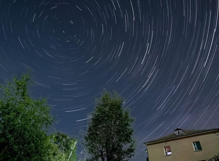 Звёздные треки на смартфон. Мобильная фотография, Смартфон, Huawei, Фотография, Ночь, Звездное небо, Космос, Город, Длиннопост